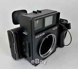 Mamiya Polaroid 600SE Camera Body Only withGrip and Polaroid Back