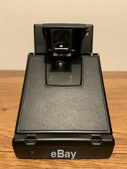NEAR MINT! BNIB! Original Polaroid SLR 690 Instant Film Camera + Close Up Lens
