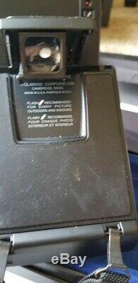 POLAROID SLR 680 Land Camera Black Circa 1982 tested and works