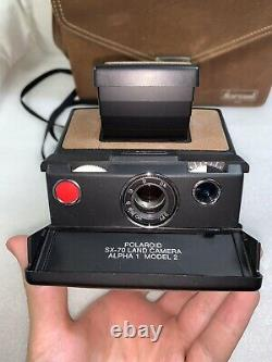 POLAROID SX-70 LAND CAMERA ALPHA 1 MODEL 2 WithCASE FILM TESTED WORKS