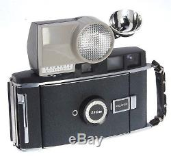 Polaroid 110B With 250 Wink Light Flash And Case 1