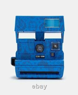 Polaroid 600 Vintage Clot Blue Silk Camera