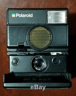 Polaroid SLR680 Camera Auto-Focus/Auto-Strobe Land Camera in Original Box