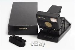 Polaroid SLR 680 w. Auto Focus and Box
