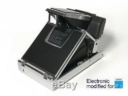 Polaroid SX70/600 SonarAutofocus Modified