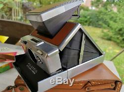 Polaroid SX70 Spiegelreflexkamera + Lederetui + 3 NOS original Polaroid Filme
