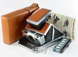 Polaroid SX-70, First Version with Original case, instructions and 2 Flash bars