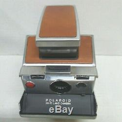 Polaroid SX-70 Instant Land Camera with Accessories Holder Tripod Mount Diffuser