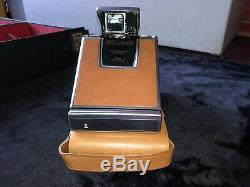 Polaroid SX-70 Land Camera (Vintage Original 1972 Version) (Excellent Condition)