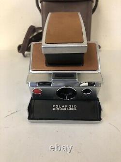 Polaroid SX 70 Land Instant Camera, Unit And Case