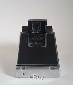 Polaroid SX-70 Sonar AutoFocus Land Camera mit Tasche Sofortbildkamera