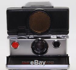 Polaroid SX-70 Sonic Autofocus Land Camera with flash unit, manual and bag VGC