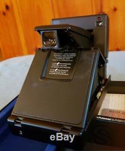 Polaroid Slr 680 Se Black Land Folding Camera, Superb Condition, With New Film