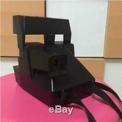 Polaroid instant camera Sun660