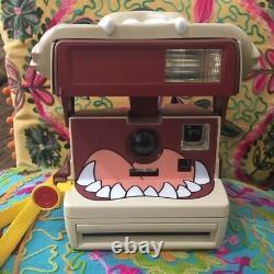 Tazmanian Devil Polaroid Camera! Vintage, Collectsble In Working Condition