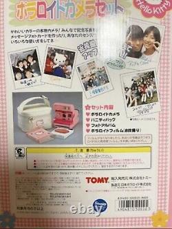 Unused items SANRIO×TOMY Hello Kitty Polaroid camera with vanity bag 1997 Japan