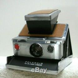 VINTAGE1970'S POLAROID SX-70 CAMERA withORIGINAL LEATHER CASE- TESTED