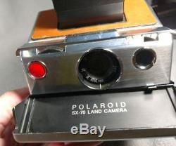 VINTAGE POLAROID TAN SX-70 LAND CAMERA Untested ANB