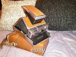 Very Nice! Vintage Polaroid SX-70 Land Camera w Beautiful Leather Case and Strap