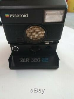 Vintage POLAROID SLR-680 Camera