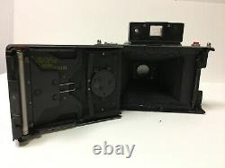 Vintage Polaroid 195 Land camera in Good Condition (but cover is broken.)