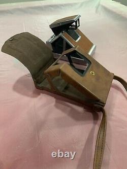 Vintage Polaroid SX-70 Land Camera With Leather Case