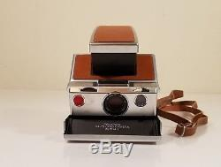 WORKING VINTAGE POLAROID TAN SX-70 LAND CAMERA Alpha 1 WITH LEATHER CASE